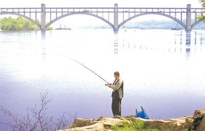 Рыбалка у моста