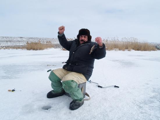 Зимняя рыбная ловля