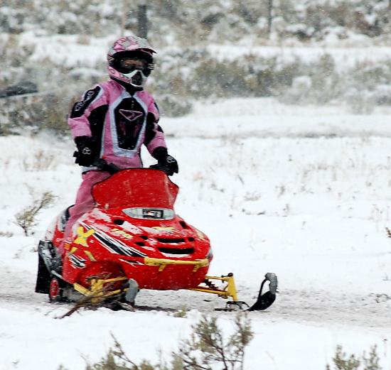 Детские мини-снегоходы