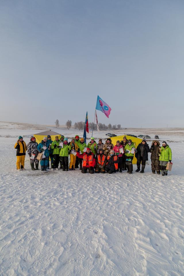 Женская рыболовная лига Сибири открыла новый зимний сезон