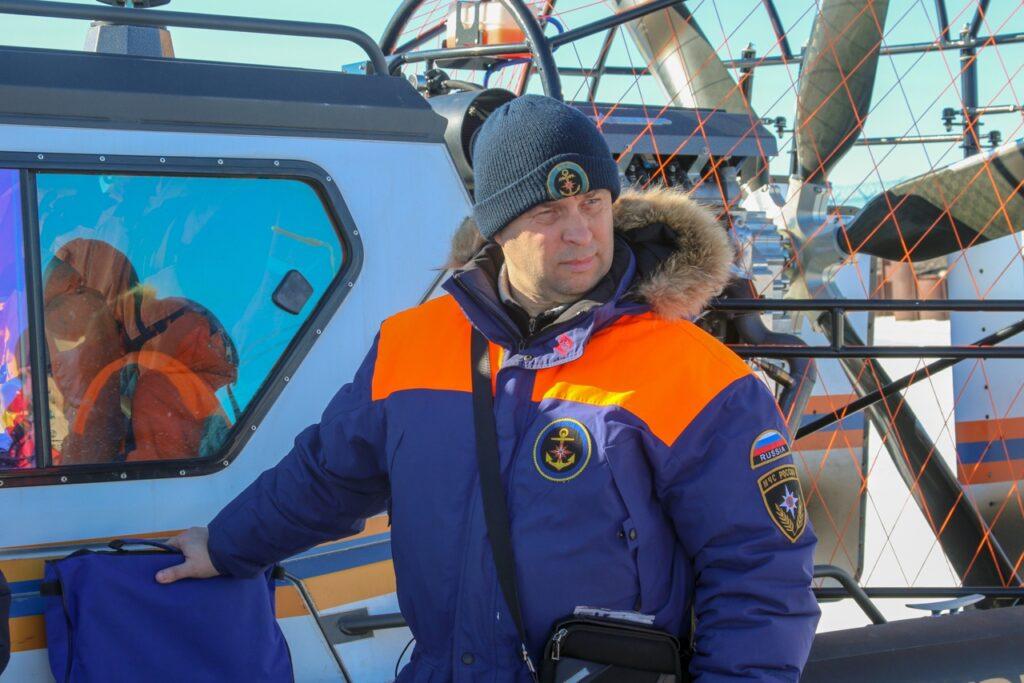 В Петербурге спасли десятки рыбаков