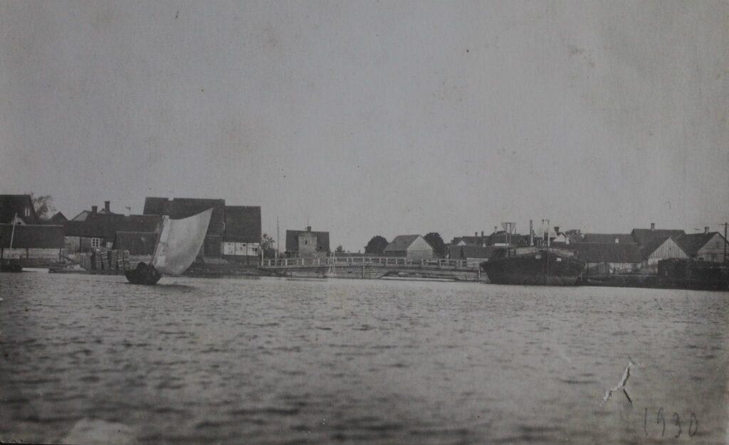 Старинные лодки Причудья