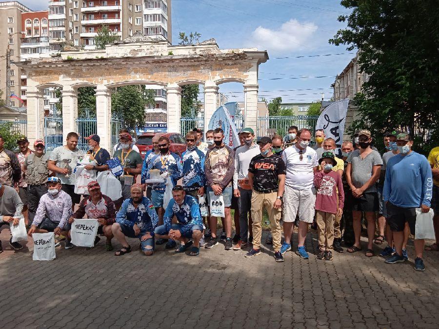 На набережной Волги прошел чемпионат «Тверская блесна-2021»