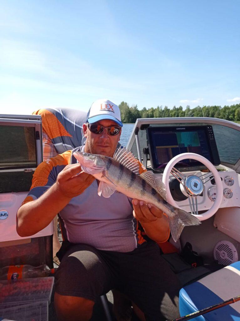 На Чебоксарском водохранилище спиннингисты определили чемпионов России по ловле с лодок
