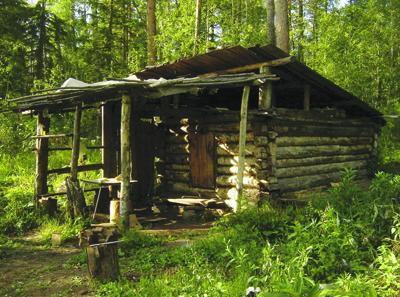 Как построить охотничий домик своими руками