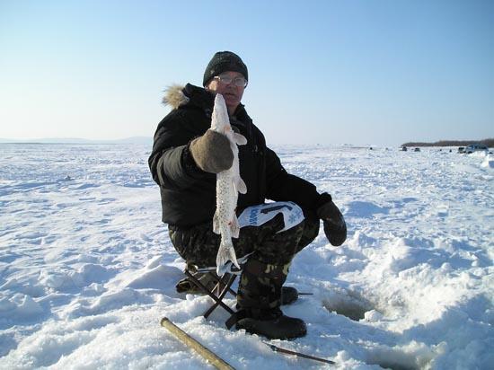 вилли токарев автор этих строк увлекаемся спортивною рыбалкой