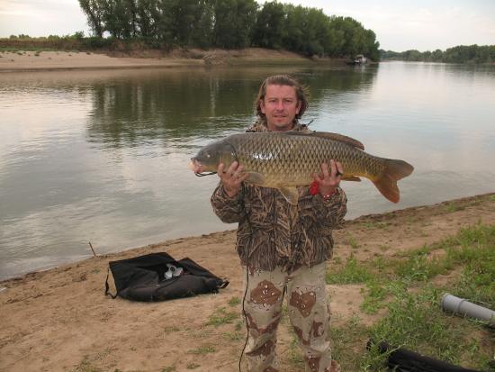 Рыбалка низовьях реки урал